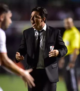 São Paulo x River Plate Michel Gallardo (Foto: Marcos Ribolli)