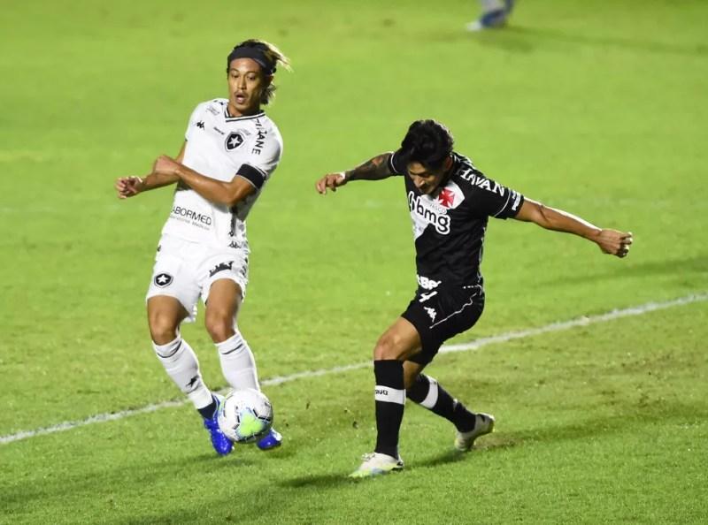 Honda fez sua melhor partida desde que chegou ao Botafogo — Foto: André Durão/ge