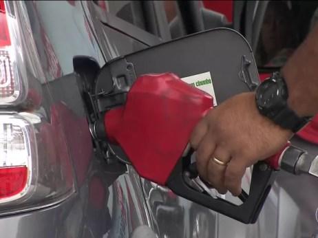 Resultado de imagem para Preço da gasolina voltou a subir nesta semana, aponta ANP