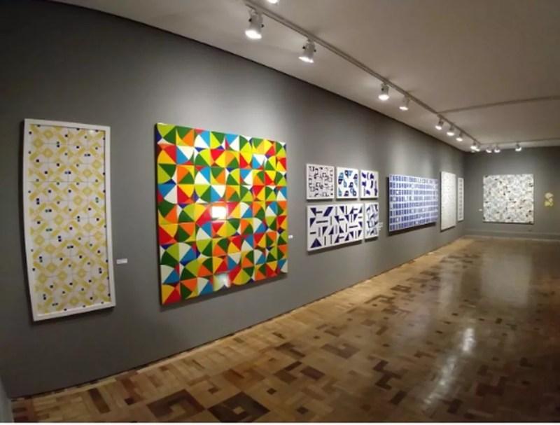 Visita a obras de Athos Bulcão — Foto: CCBB Educativo/Divulgação