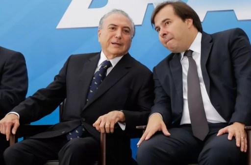 Resultado de imagem para Rodrigo Maia assume presidência com viagem de Temer a Rússia e Noruega