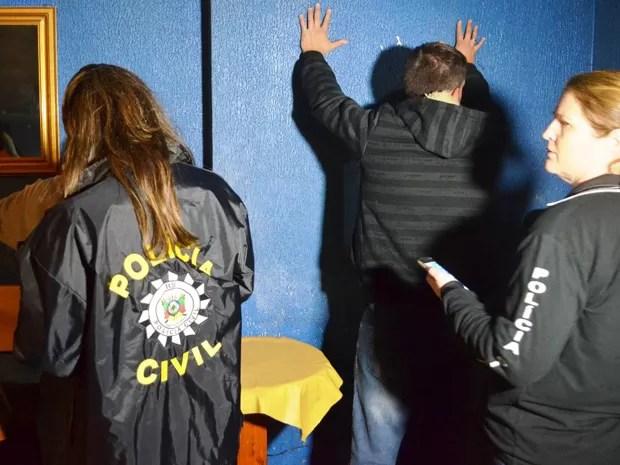 Operação foi deflagrada em 14 cidades do RS (Foto: Polícia Civil/Divulgação)