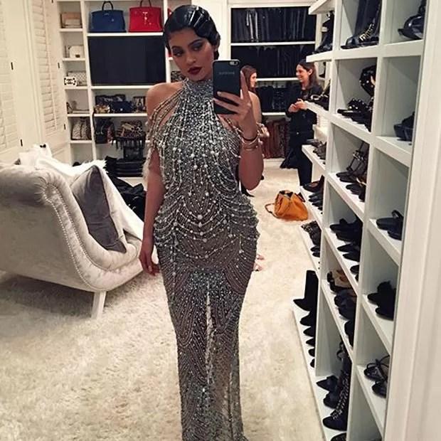 Kylie Jenner exibe o look em selfie (Foto: Instagram/ Reprodução)