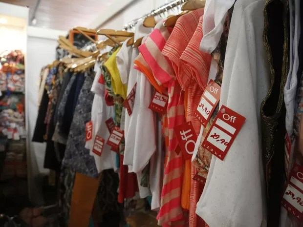 80 marcas disponibilizarão roupas e acessórios com até 70% de desconto (Foto: Marcos Matheus/Mov. InFoco-AAposta)