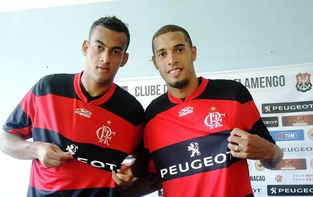 Diego Silva e Paulinho, reforços do Flamengo (Foto: Cahe Mota)