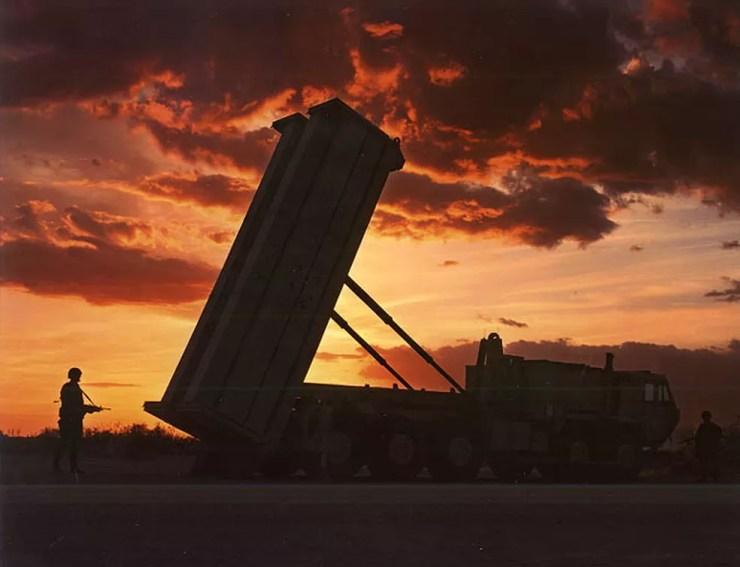 Imagem de arquivo do Exército Americano mostra lançador de mísseis do tipo THAAD — Foto: Divulgação/Exército dos EUA