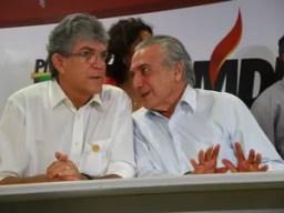 Ricardo Coutinho ao lado de Temer, em evento na Paraíba (Foto: Rizemberg Felipe/Jornal da Paraíba)