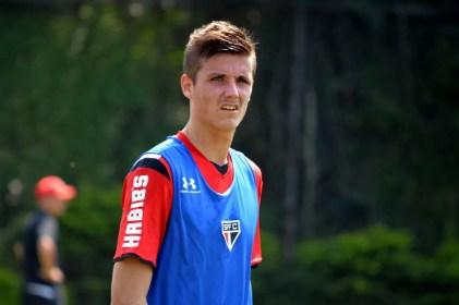 Iago Maidana tem chance de voltar ao Sâo Paulo em 2018 (Foto: Érico Leonan/saopaulofc.net)