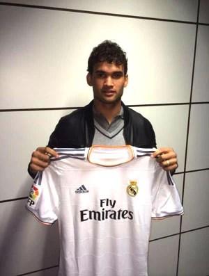 Willian José acerta empréstimo com Real Madrid (Foto: Divulgação)