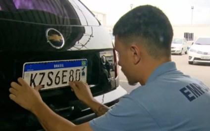 Paraíba tem até 31 de dezembro para implantar placas padrão Mercosul — Foto: TV Globo