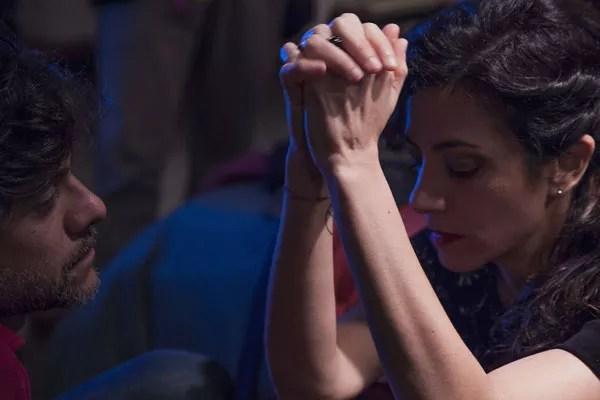 """Marina e Gustavo durante as gravações de """"Canção da Volta"""" (Foto: Divulgação)"""