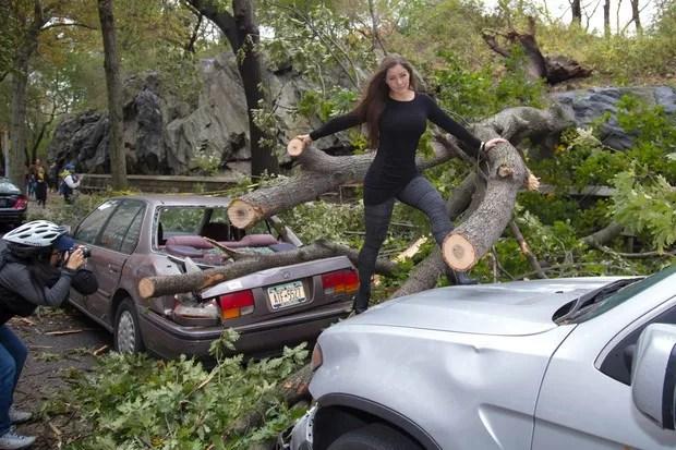 Nana Gouvêa após o furacão Sandy, em Nova York, em 2012 (Foto: Divulgação)