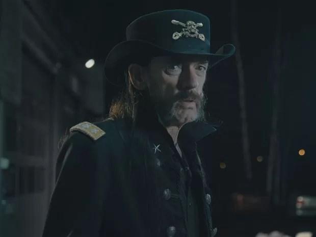 Lemmy Kilmister em comercial de leite gravado semanas antes de sua morte (Foto: Reprodução/YouTube)