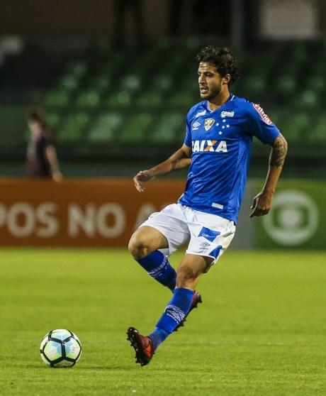 Cruzeiro quer Hudson definitivamente e estuda troca com São Paulo (Foto: Geraldo Bubniak/Light Press)