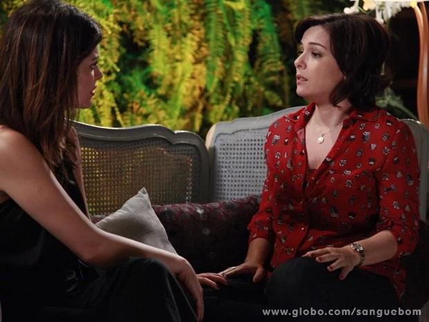 Renata fica confusa com a proposta (Foto: Ellen Soares/TV Globo)