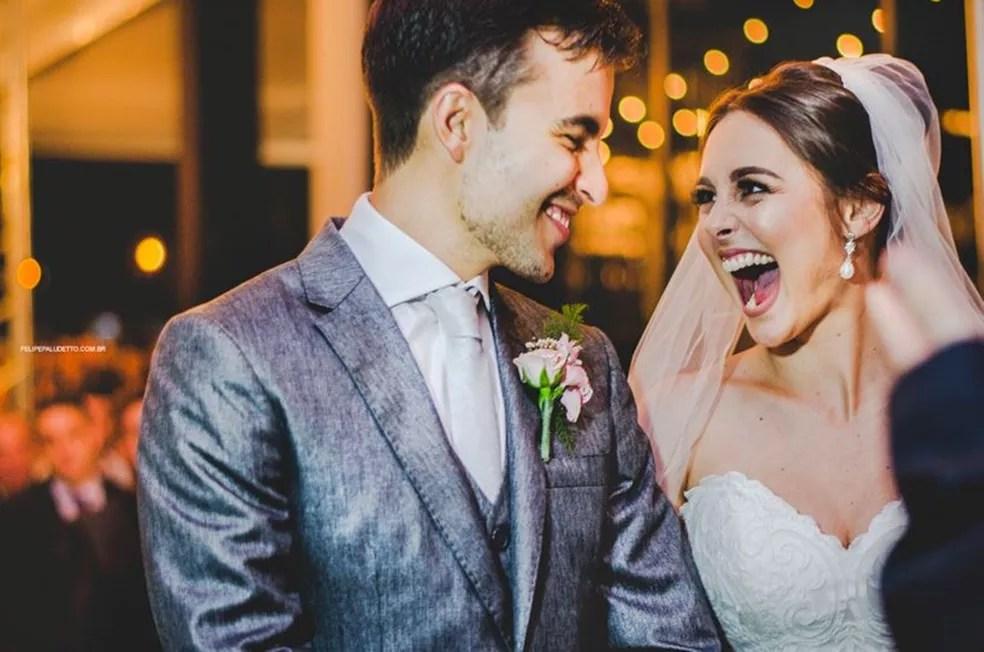 Cerimônia aconteceu em um clube de Laranjal Paulista: 'Amei a visita', diz a noiva (Foto: Arquivo Pessoal/Felipe Paludetto )
