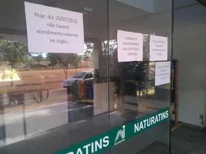 Naturatins não fez atendimento em Palmas nesta segunda-feira (15) devido Operação Licença Negra (Foto: Bernardo Gravito/G1)