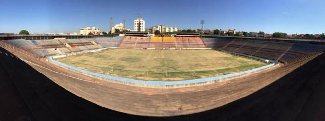 Estádio Benedito Teixeira é novamente colocado a leilão pela Justiça do Trabalho  — Foto: Emilio Botta