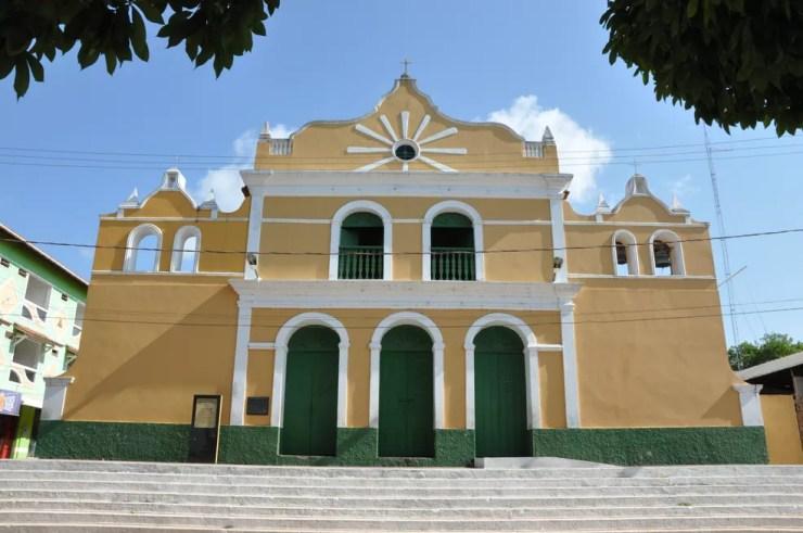 Paróquia de Nossa Senhora da Saúde, na vila de Alter do Chão — Foto: Zé Rodrigues/TV Tapajós