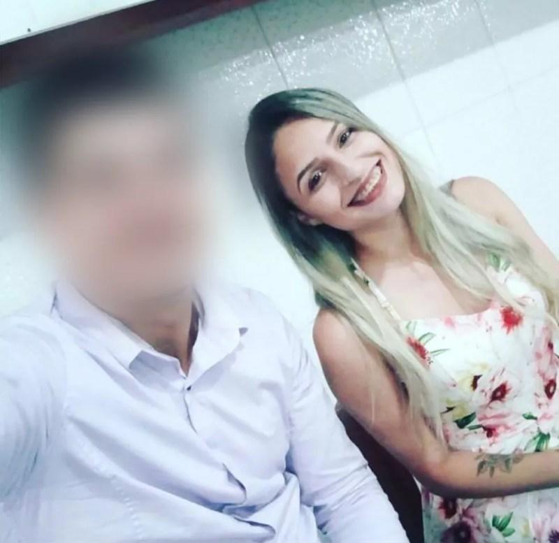 Jackeline Rodrigues Fernandes está entre as vítimas do ônibus — Foto: Reprodução/Facebook