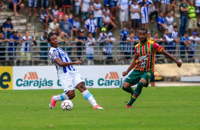 Sampaio e CSA estão em busca do acesso para a Série B (Foto: Ailton Cruz/Gazeta de Alagoas)
