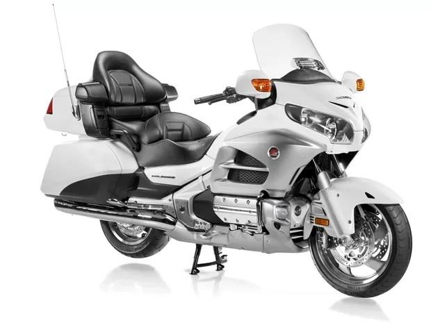 gl_1800_gold_wing_estatica_2 - Só 'ostentação': veja as 10 motos mais caras do Brasil