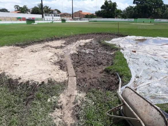 Novas placas de grama devem ser aplicadas neste sábado — Foto: Divulgação
