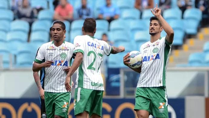 Túlio de Melo comemoração Chapecoense Grêmio (Foto: Estadão Conteúdo)