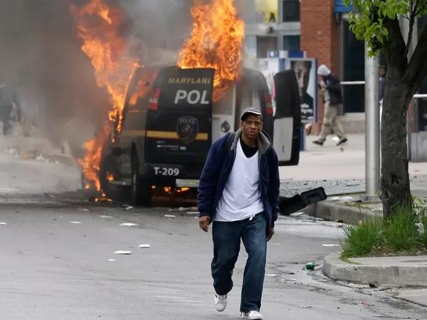 EUA confrontos Baltimore morte jovem negro (Foto: AP)