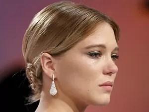 Lea Seydoux emocionada após 'La vie d'Adele' ganhar a Palma de Ouro (Foto: Yves Herman/Reuters)