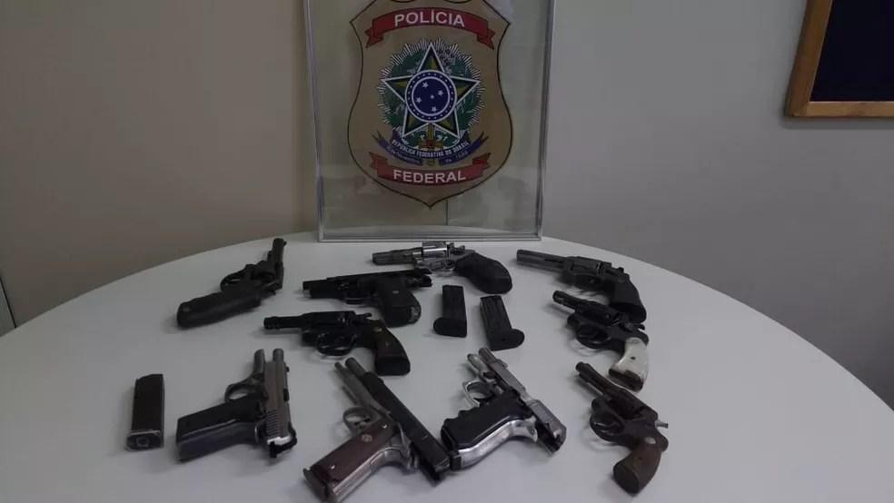 Armas apreendidas na Operação Caminho Curto (Foto: Divulgação/PF)