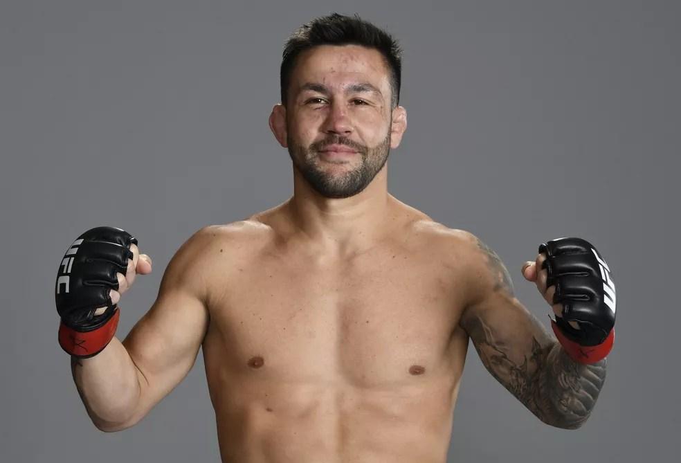 """Pedro Munhoz faturou a """"Luta da Noite"""" no UFC do último sábado e pediu para enfrentar TJ Dillashaw — Foto: Getty Images"""