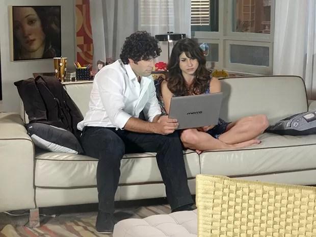 Manu e Arthur conversam com Igor por computador  (Foto: Geração Brasil / TV Globo)