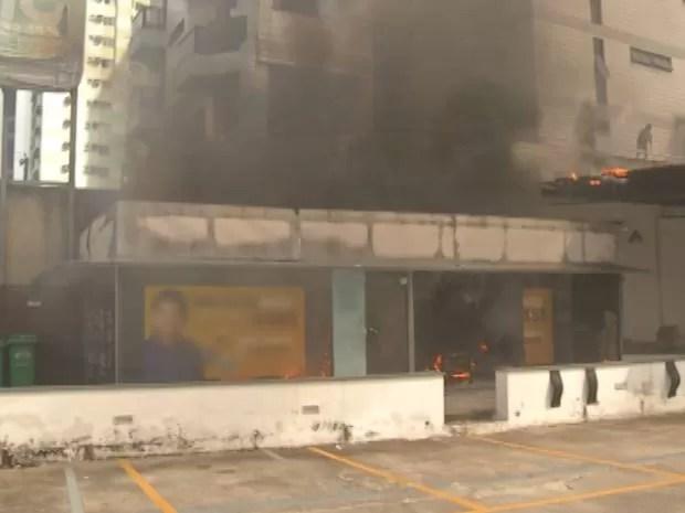 Incêndio Comitê Umarizal Belém (Foto: Reprodução/TV Liberal)