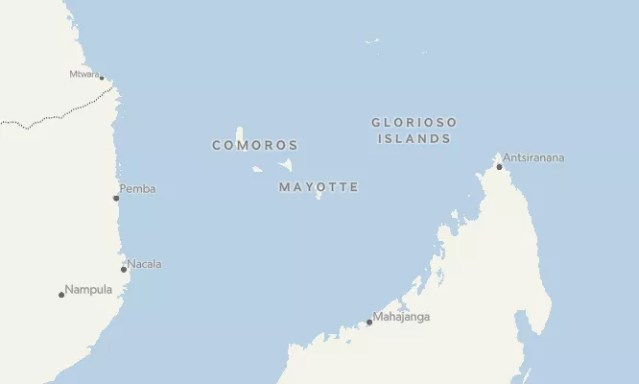 Localização na mapa da Ilha Mayotte, entre o Oceano Índico e o Canal de Moçambique (Foto: Mapbox/OpenStreetMap)