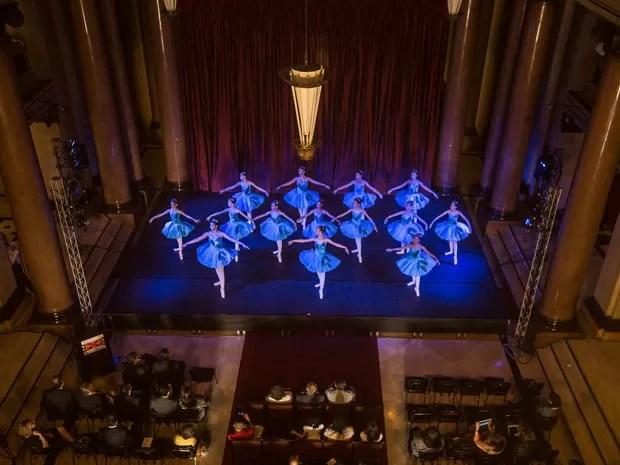 Ballet Paraisópolis no Tribunal de Justiça (Foto: Tomas Kolisch Jr./Divulgação)
