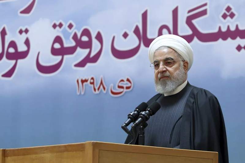 O presidente do Irã, Hassan Rouhani, em foto desta terça-feira (14). — Foto: Iranian Presidency Office via AP