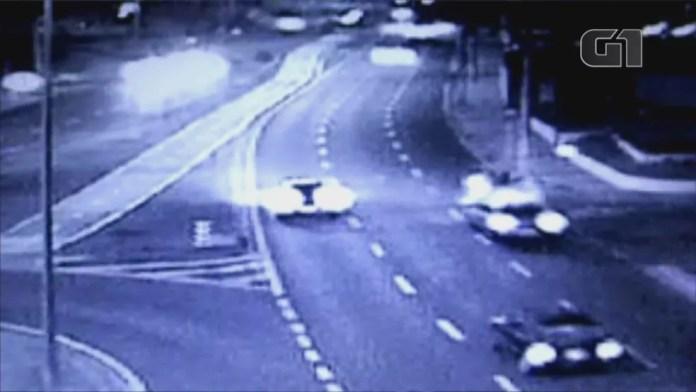 Veículo em alta velocidade atropela jovens em Sorocaba (SP) (Foto: G1/Reprodução)