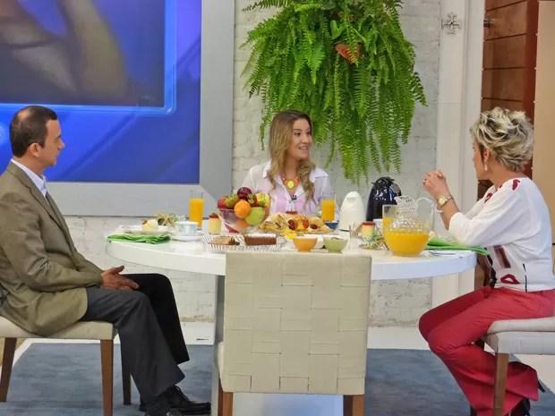 Ana Maria conversa com blogueira de sucesso e pede dicas para especialista (Foto: Mais Você / TV Globo)