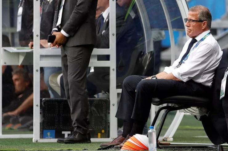 Óscar Tabárez, técnico do Uruguai — Foto: EFE/Joédson Alves