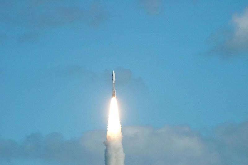 Lançamento da sonda New Horizons em janeiro de 2006 (FOTO: NASA)