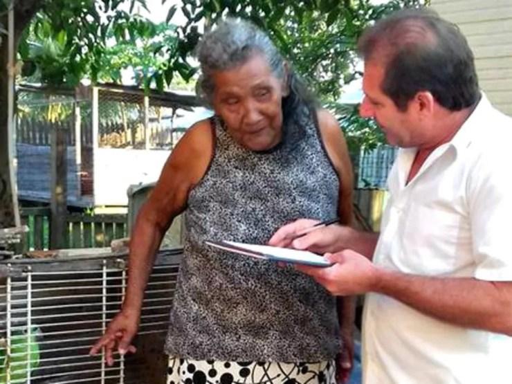 Aguiar era conhecido no Acre por atender gratuitamente comunidades ribeirinhas e aldeias indígenas — Foto: Arquivo pessoal