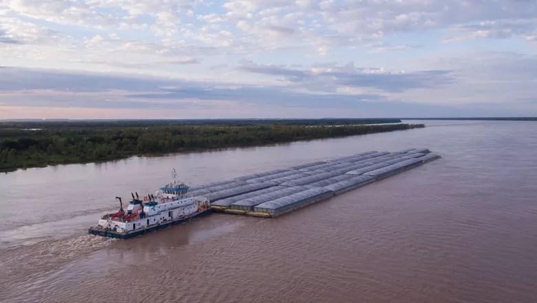 Resultado de imagem para Foto: barcaças paraguaias