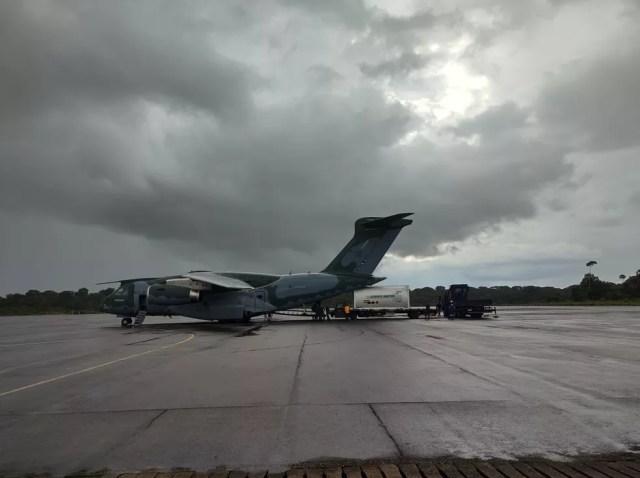 Avião da FAB entrega primeira carga de oxigênio prometida pelo MS para Rondônia — Foto: Ruan Gabriel/Rede Amazônica