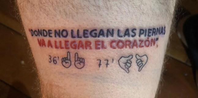 Fabio Fiorini mostra tatuagem feita na perna após título paulista conquistado pelo São Paulo — Foto: Fabio Fiorini/Arquivo Pessoal