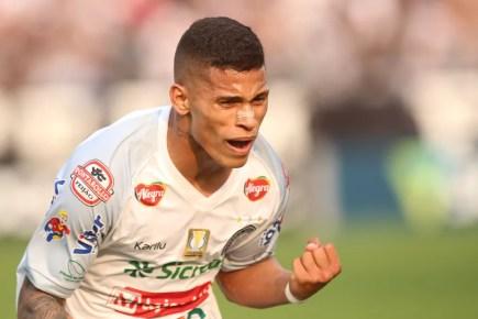 Maílton segue negociando vinda para o Sport — Foto: José Tramontin/OFEC
