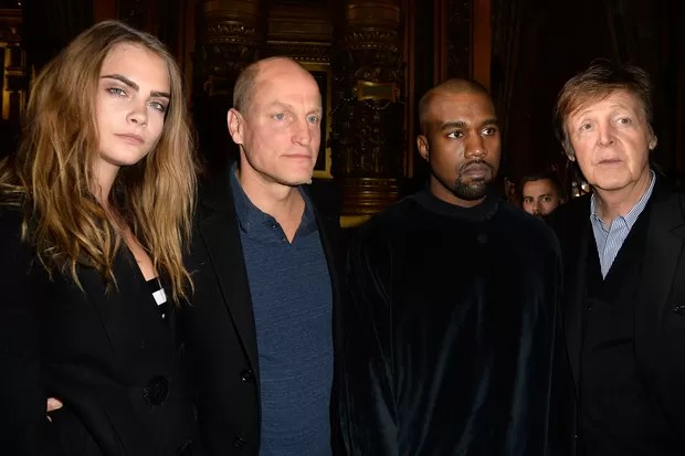 Cara Delevingne, Woody Harrelson, Kanye West e Paul McCartney no desfile de Stella McCartney em Paris (Foto: Getty Images)