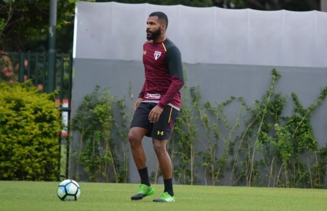 Sem ser aproveitado por Ceni no São Paulo, Breno será emprestado até o fim do ano (Foto: Érico Leonan/saopaulofc.net)