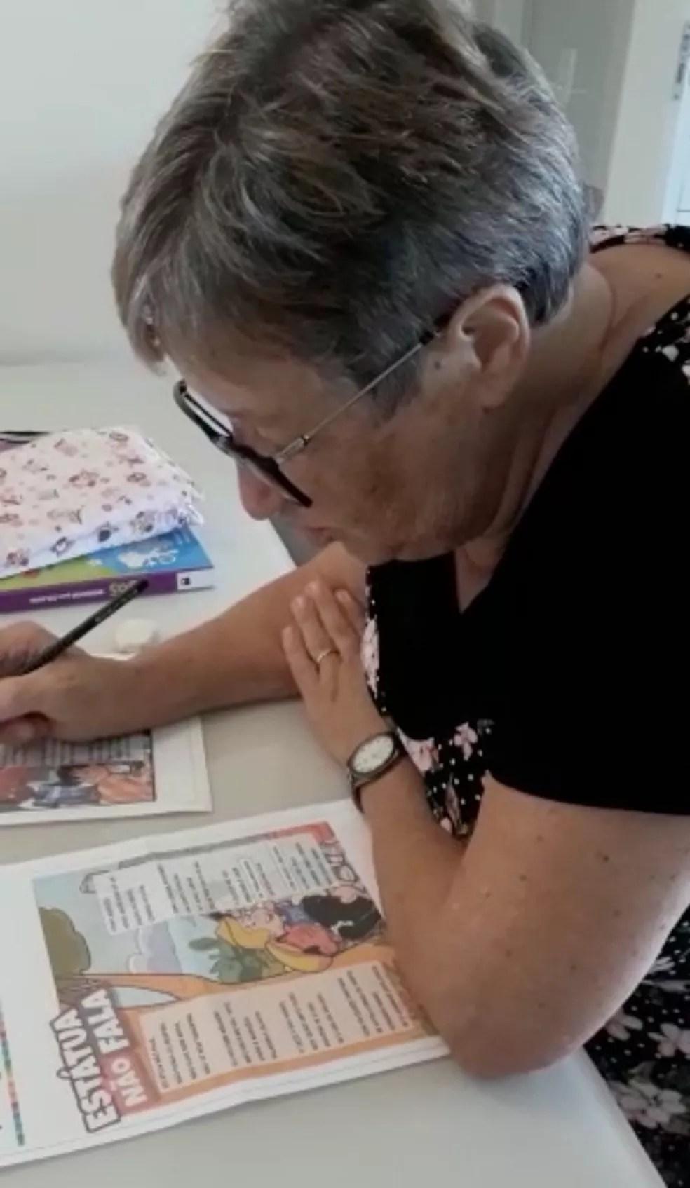 """""""Tenho muito a aprender"""" afirma a idosa — Foto: Arquivo Pessoal/Divulgação"""