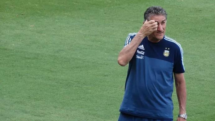 Edgardo Bauza, técnico da Argentina (Foto: Rafael Araújo)